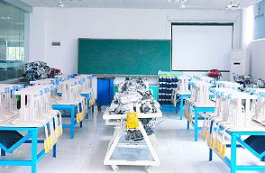 学汽车新能源-新能源实训室
