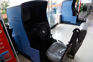 新设备-驾考模拟器