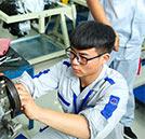 湖南万通培养专业汽车技师 为学子和家长负责