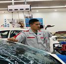 屡失市场,这个汽车美容店老板做了这样的决定!